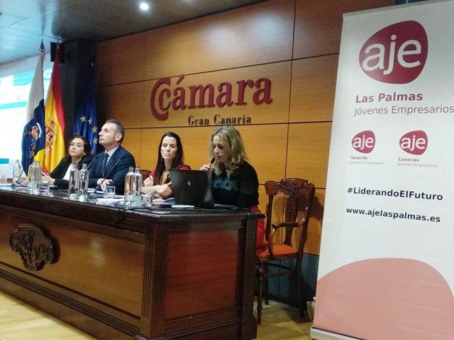 Jóvenes empresarios de Canarias reciben las claves para acceder con seguridad al mercado internacional